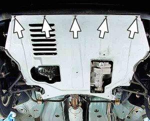 Замена переднего буфера ВАЗ 2110. Ослабляем 5 гаек крепления