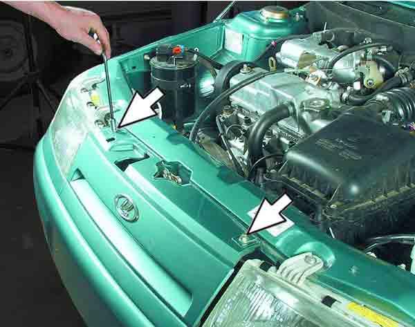 Снятие и установка облицовки радиатора ВАЗ 2110, 2111, 2112