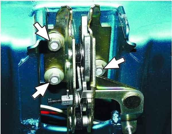 Регулировка положения замка крышки багажника ВАЗ 2110, 11, 12.