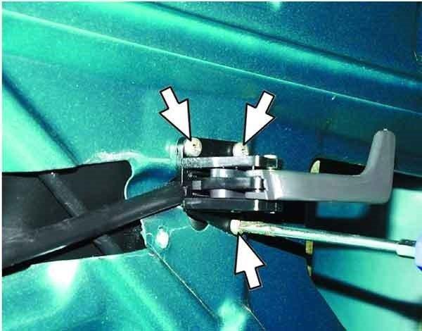 Как заменить внутреннюю ручку двери на ВАЗ 2110