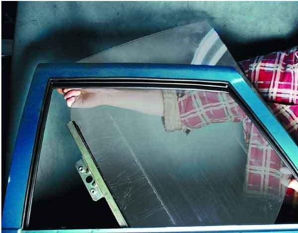 Как снять и установить стекло на передней двери на ВАЗ 2110, 2111, 2112