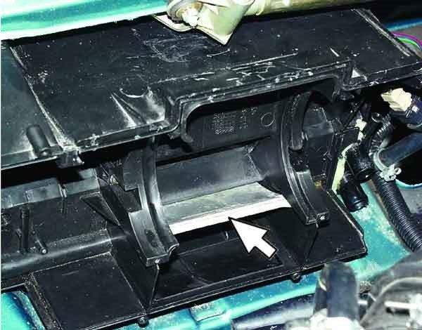 Снятие и установка радиатора отопителя на ВАЗ 2110, 2111, 2112