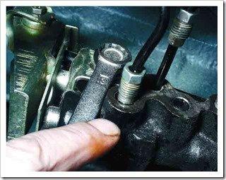 как поменять регулятор давления тормозной системы на ваз 2110