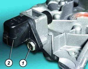 как поменять датчик положения коленчатого вала на десятке