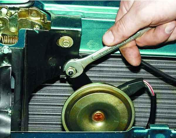 Как заменить и отрегулировать звуковой сигнал на ВАЗ 2110, 2111, 2112