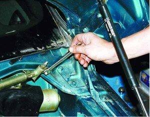 Как снять и установить стеклоочиститель на ВАЗ 2110, 2112, 2111