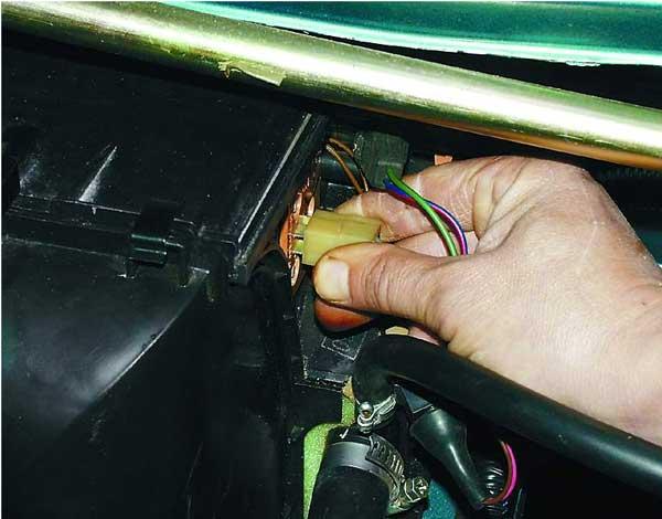замена дополнительного резистора отопителя на ваз 2110