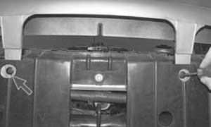 как снять и установить передний бампер на хендэ акцент