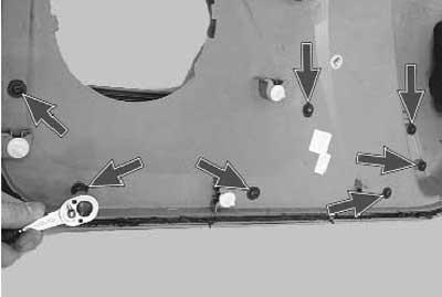 как снять и установить обивку передней двери на логане и сандеро