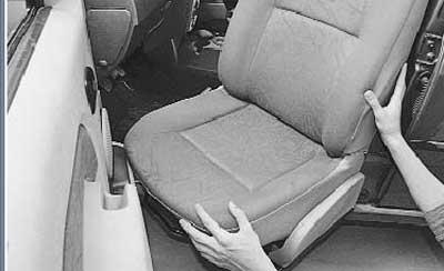 как снять переднее сидение на рено логан\сандеро\ларгус
