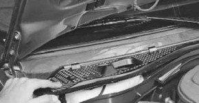 Как снять и установить решетку короба воздуховода на рено логан