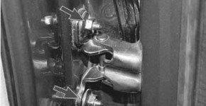 Как снять и установить заднюю дверь на рено логан