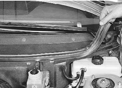 Как снять и установить накладки рамы ветрового стекла на приоре