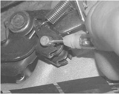 Как заменить замок и привода замка крышки топливного бака хендай акцент