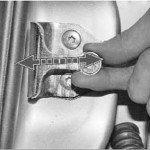 Как отрегулировать замок передней двери на приоре