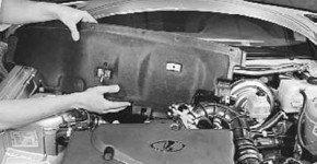 Как снять и установить шумоизоляционную обивку моторного отсека на Приоре