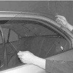 Как снять стекло с задней двери хендай акцент